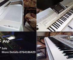 Yamaha PSR S - 910 (Keyboard)