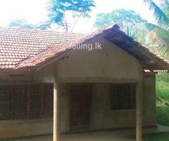 House for sale in Embilipitiya
