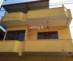 Two storied house for rent at Mount Lavinia