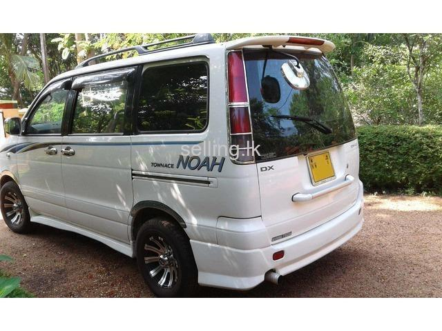 Toyota Cr42 Selling Lk Cars Property Electronics And