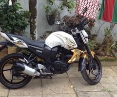 Yamaha fz s2013