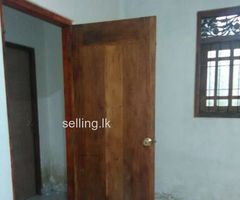 Two rooms in Kahathuduwa
