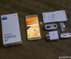 Samsung A7 gold