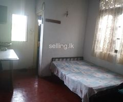 Room for rent boralesgamuwa (only girls)