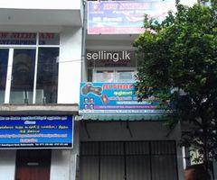 Building for rent in Battaramulla