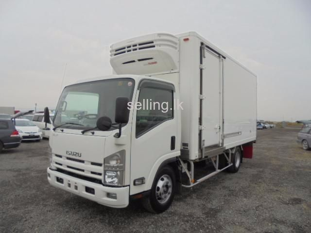 Fully Loaded Refer Truck for rent daily/weekly Only