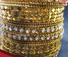Stylish Ethnic Bangles Set