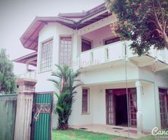 Luxury house for sale in Kadawatha