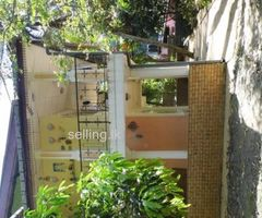 two story house for sale in peradeniya