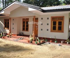 Complete house for rent in Homagama