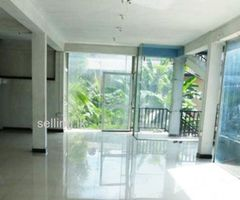 Galle Udugama Road 1st floor for rent