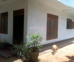 house for saale in 5min far karapitiya hospital Galle