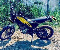 Yamaha d tricker