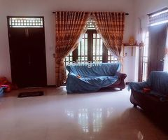 HOUSE FOR RENT NEAR THE ROYAL COLLEGE PANADURA