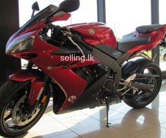 Yamaha  R1 motorbike for sale