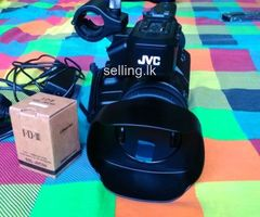 JVC GY-HM200 4K liveStream Camera