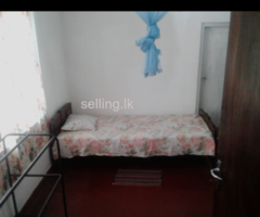 Room for rent One girl or  two girls in panadura town