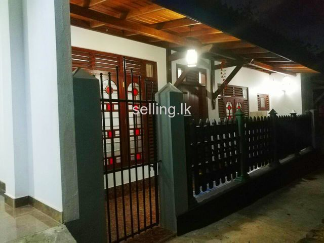 Galle House for rent near Town