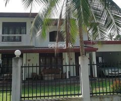 Luxury House for Sale - Urgent in Wadduwa