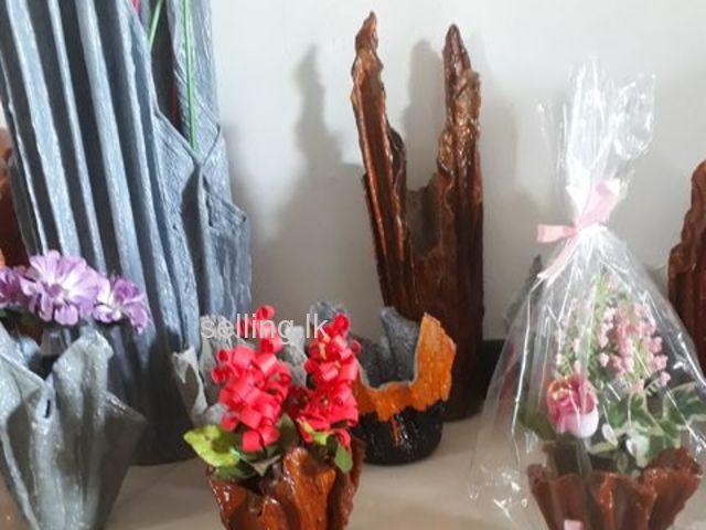 sale of flower vases