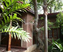 Dehiwala -House & Garden for Sale