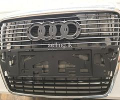 Audi A6 (Front grill)