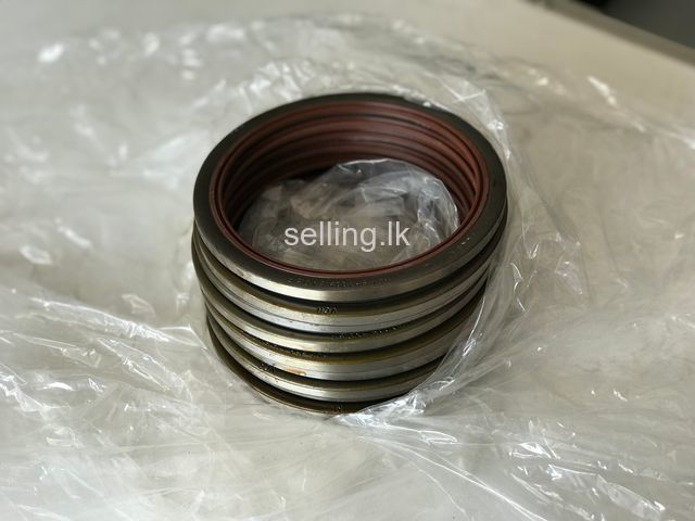DAF (Front Axle Bearing Seal)