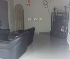 Immediately  selling house in Piliyandala