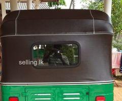 2 stroke Three wheeler for sale
