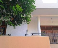 Upstair house for rent in Wickramasinhapura, Battaramulla. (near ITN)