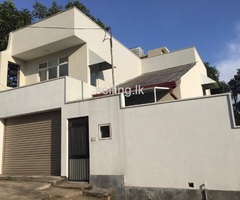 Two story house for sale Athurugiriya