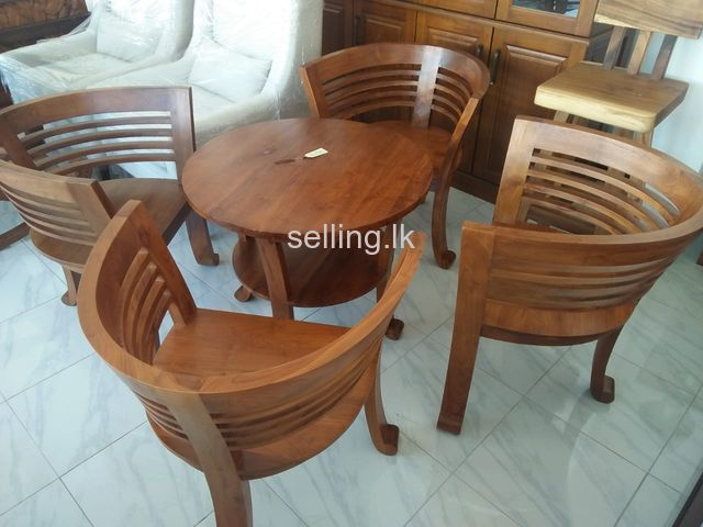 Varanda set made out of Teak