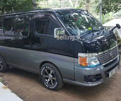 Nissan Caravan E25 Van