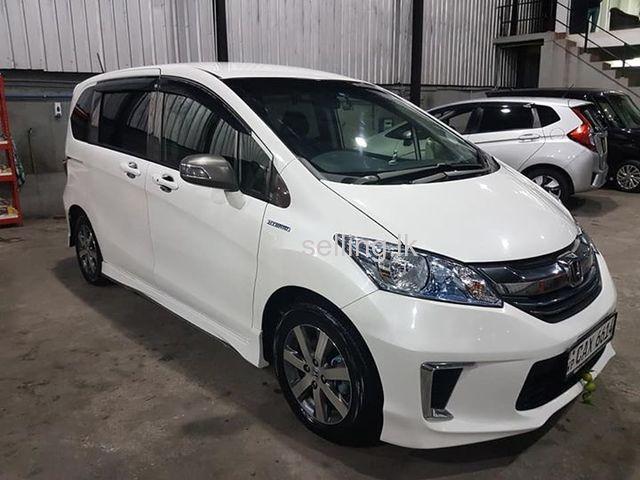 Honda freed 2018 Wellampitiya - selling.lk in Sri Lanka