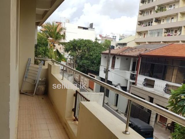 Apartment for rent in Colombo 04