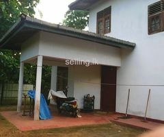 House for sale in Akurassa
