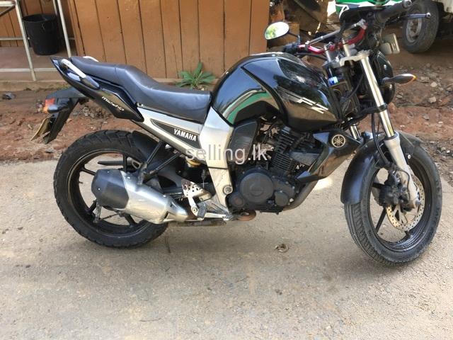 Yamaha FZ 2010