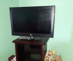 LED 36 inch TV for sale