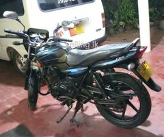 135 discovery motorbike for sale
