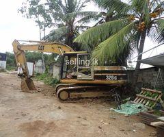 200 class Excavator CAT 320B