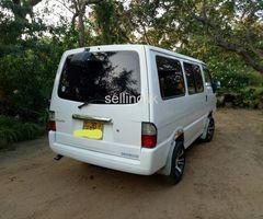 Nissan  vanette 2000/2004