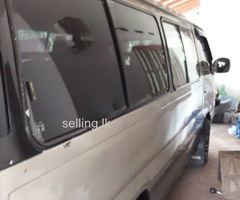 Nissan Caravan TD27 Van