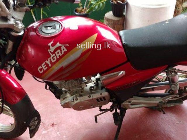 CEYGRA 125 cc Motor cycle
