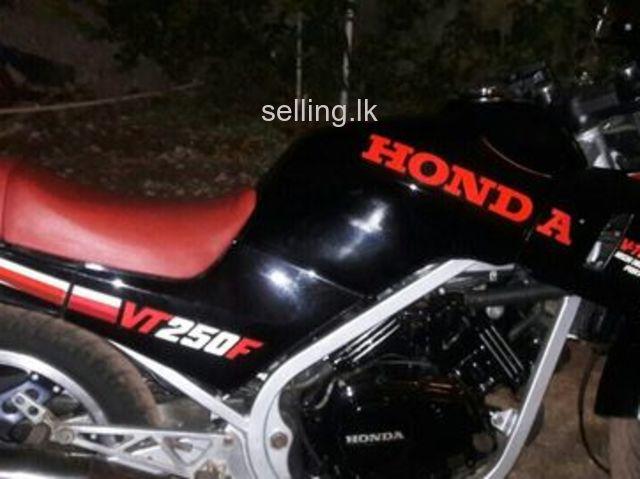 Honda VT250 2010