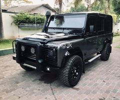 LAND ROVER DEFENDER 110 TDI.