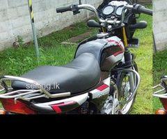 Bajaj CT100 2011