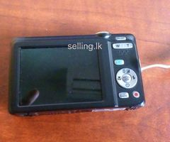 Fujifilm FinePix JX500 14MP 2.7'' SCREEN 5X Digital Camera