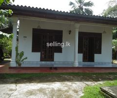A house is for sale Galle labuduwa area