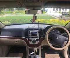 Hyundai santa fe 2008 jeep for quick sale