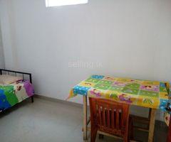 Room for rent working Girls (Nugegoda)